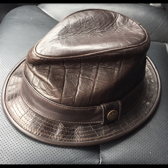 32b4a3747b6 Men s leather everyday fedora
